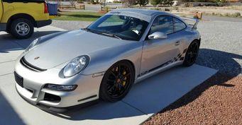 На продажу выставлен Porsche 911 GT3 с мотором Chevrolet Corvette