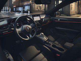 Салон европейской «Арканы»— главный повод для восхищения. Источник фото: Renault