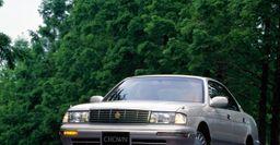 О «болячках» и особенностях Toyota Crown S140 рассказали эксперты