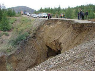 В Якутии размыло федеральную автодорогу
