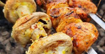 Три маринада для вкусных грибов на костре или в духовке