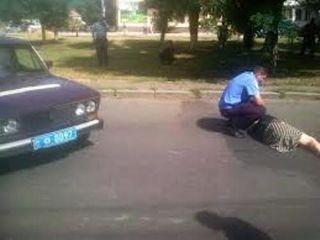 Водитель из Рязани сбил женщину, идущую по «зебре» с двумя детьми