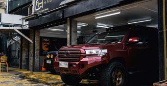 Проходимость без «внешности трактора»: «2 в1» Toyota Land Cruiser 200 показали тюнеры