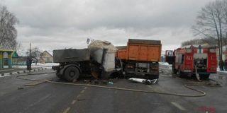 В Гомельской области Белоруссии столкнулись два МАЗа