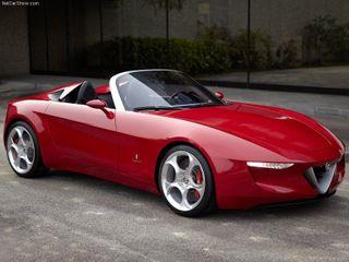 Новый родстер автокомпания Alfa Romeo будет разрабатывать без «Мазды»