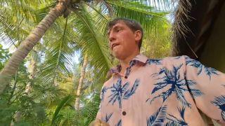 Алексей Щербаков ломает кокос, YouTube.ru