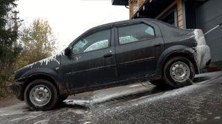 Фото: Renault Logan, источник: скриншот с YouTube-канала «ПриветТачка»