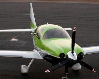 Пилот скончался в результате крушения самолета возле Нью-Йорка