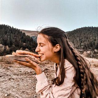 Кушать хычин вгорах— одно удовольствие!   Фото: instagram @k.timsh