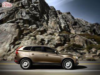 «Volvo» привёз в Россию доступный полноприводный «XC60» с бензиновым двигателем