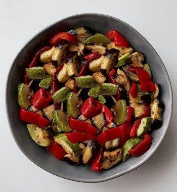 Соте из печеных овощей с лимонной цедрой