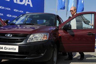 Президент РФ  распорядился помочь с выплатами по кредитам концерну «АвтоВАЗ»