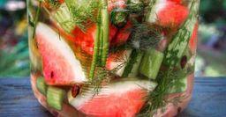 «Бочковой» арбуз в банке: Вкусный запас на всю зиму