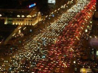 На кануне 8 марта в Москве образовались 9-бальные пробки