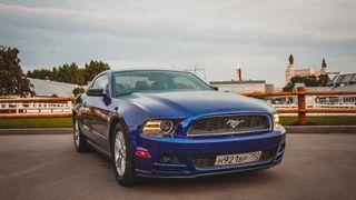 Фото: Ford Mustang Pinisher— натакой машинке передвигался «Псих» изсериала «Физрук», источник: Drive2