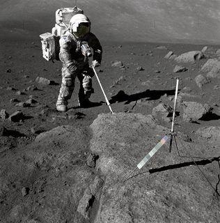 Пилотируемый полёт на Луну будет стоить России 100 млрд рублей