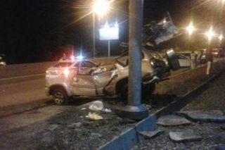 Во Владивостоке водитель внедорожника Toyota разбился в ДТП