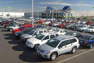 Продажи Renault в России в июне упали на 13%