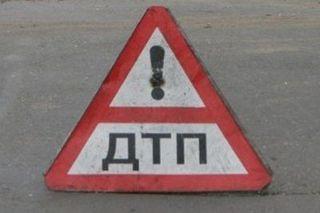 На автотрассе под Новороссийском перевернулась цистерна с пропаном