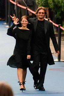 Отношения Марины и Александра длились всего два года, но успели сломать актеру жизнь. Источник фото: https://www.spletnik.ru/