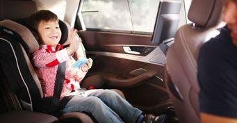 Верховный суд разрешил перевозить детей без автокресла
