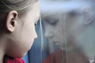 В Орле 6-летняя девочка выпала из окна многоэтажного дома