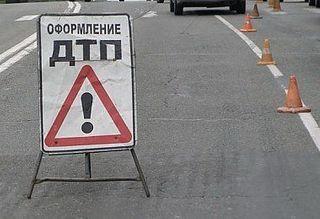 В Башкирии столкнулись три грузовика, погибли все водители