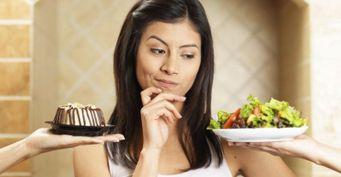 Безопасный жор: «Женские дни» можно пережить вкусно, заменив вредные продукты полезными