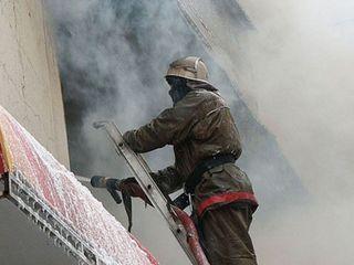 Пенсионерку, проживающую в Барановичах, вынесли из горящей квартиры