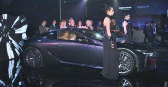 В Украине прошел показ купе Lexus LC