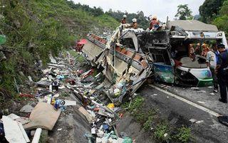 В Таиланде в ДТП с автобусом погибли 27 человек