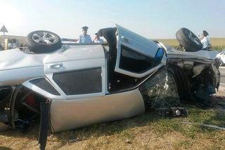 В результате ДТП в Кабардино-Балкарии погибли 3 человека, еще 4 ранены
