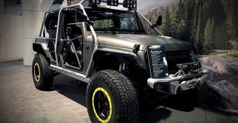 Компания Alpine представила Jeep Wrangler с пулемётом на крыше