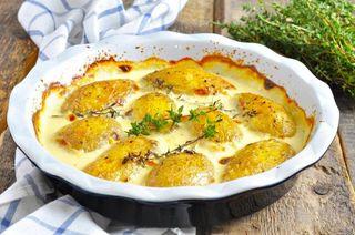 Запеченая картошка скефиром исыром\Источник: privately.ru