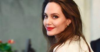 Избавилась отконтроля матери: Дочь Анджелины Джоли переехала котцу ирезко передумала менять пол
