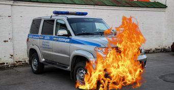 ВДагестане сгорел полицейский «Патриот»: Руководство УАЗ удаляет видео «ВКонтакте»