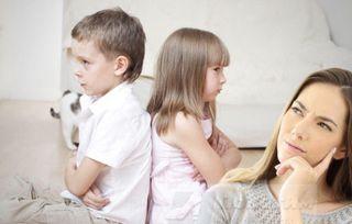 Ссоры между детьми часто происходят из-за слов взрослых. Изображение: Елена Лановая