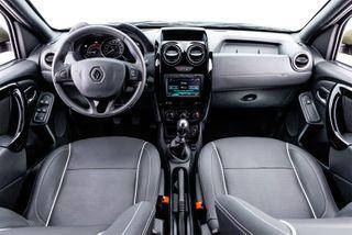 Фото: салон Renault Duster Oroch, источник: Renault