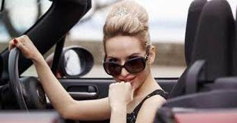 Почему женщине не стоит бояться курсов по вождению?