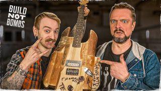 Кадр выпуска «Пушной иКрастер эксперимент— гитара издров». Источник: YouTube SuperCrastan
