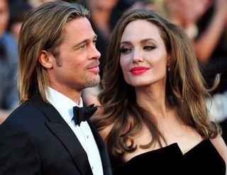 Анджелина Джоли и Брэд Питт сыграют скромную свадьбу во Франции