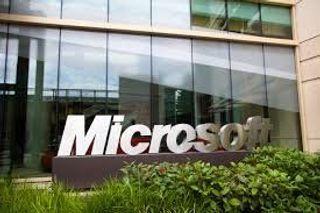 Глава Microsoft пообещал поддержать Xbox