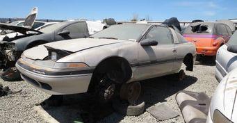 На свалке был обнаружен уникальный спортивный автомобиль Plymouth Laser RS Turbo