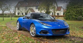 Руководитель Lotus превысил скорость, но избежал серьезного наказания