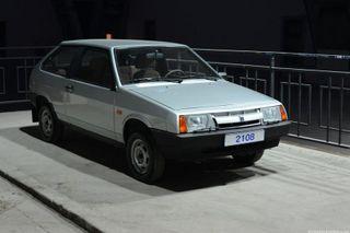 На автомобильной выставке в Москве «АвтоВАЗ» выставил раритетные автомобили