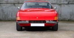 Принадлежавший Элтону Джону Ferrari Daytona продают за 525 тыс. фунтов