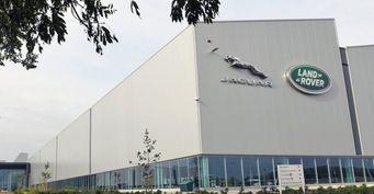 В Солихалле с завода Jaguar Land Rover украли две фуры двигателей