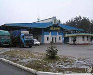 """На границе Украины задержаны """"Aston Martin"""" и """"BMW"""", находящиеся в международном розыске"""