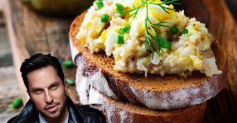 Ревва-кулинар балует родных селёдочным маслом порецепту бабушки