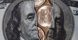 Рубль укрепился, доллар обвалился: Атака боевиков по столице Саудовской Аравии повлияла на курс валют